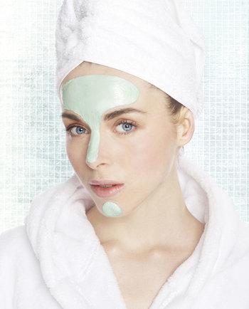 Tipos de piel: Descubre si presentas estas 5 características de la piel grasa