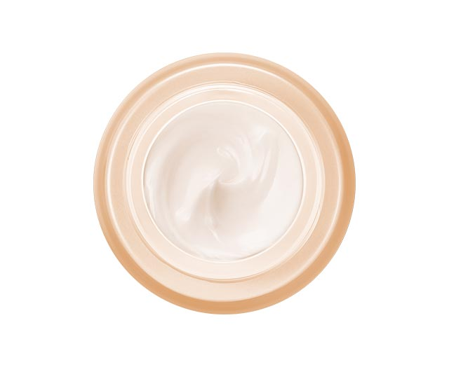 COMPLEJO SUSTITUTIVO Cuidado reactivador fundamental para pieles maduras Piel seca