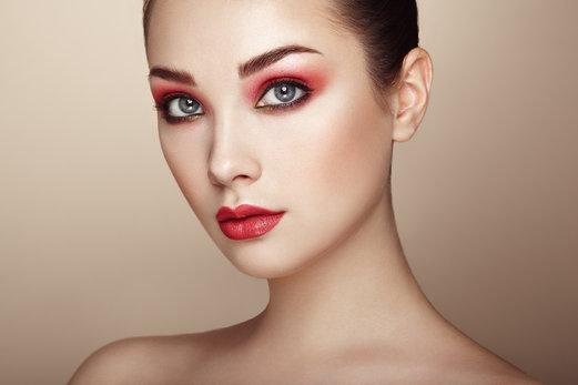 Maquillaje para brillar: Dos ideas para la noche