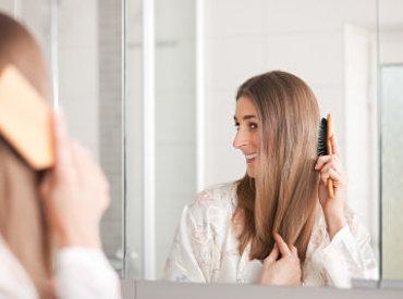 Cuero cabelludo sensible y caspa: combatirlas al mismo tiempo