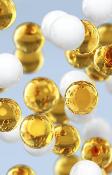 Tratamiento antiedad: ¿cuál es la diferencia entre una crema y un suero?