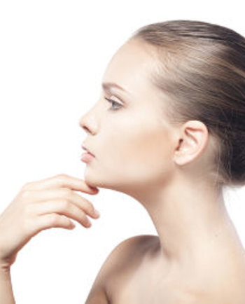 Cómo el agua termal ayuda a calmar la piel sensible