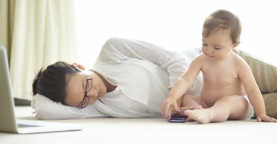 Padres ocupados: Cómo hacerte el tiempo para cuidar tu cabello