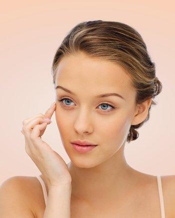 ¿Estás desmaquillando correctamente tu piel y tus ojos?